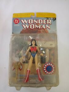 Wonder Woman DC Direct Action Figure 1999 Fully Poseable still in package