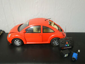 """New Bright"" Volkswagen Beetle BUG RC Car 1/6 scale 24"""