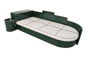 Highgloss Art Deco Daybed from France in Jaguar Racing Green