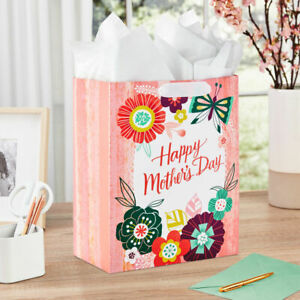 Hallmark Signature Large Happy Mother's Day Gift Bag Lot of (4)