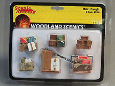 WOODLAND SCENICS MISC FREIGHT o gauge train boxes containers supplys WDS2766
