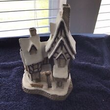Fred's Home - David Winter Cottages Collection - Retired 1991 - Mint Condition
