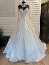 Robe de mariée Pronuptia T38 ivoire modèle Beauvoir à volume manches longues