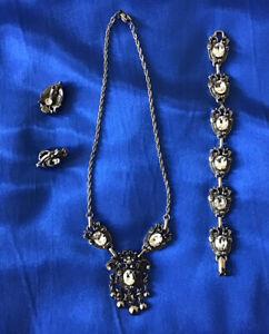 VINTAGE Jewelcraft  Necklace, Bracelet & Earrings - Stunning  All Signed