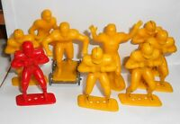 """VINTAGE Lot Of 9 LOUIS MARX & CO 1969 4"""" Molded Plastic FOOTBALL PLAYERS FIGURES"""