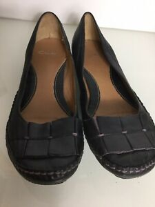 Clarks Flat Black Leather Shoes. Size 8UK. Exc Condition