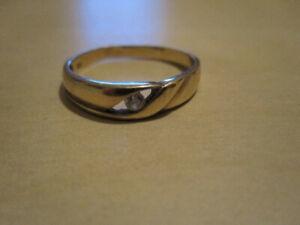 Goldring/ 333 er/ 8 Karat/ Ring mit Zirkon