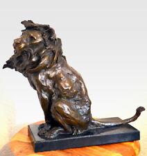 Große Handgefertigte Bronzefigur- Bronze Löwe signiert Milo auf Marmorsockel