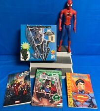 3D Glow in the Dark SPIDER-MAN POSTER PUZZLE,11 inch Figure/2 Comic & Chap Book