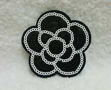♛ Shop8 : 1 pc FLOWER IRON ON PATCH Patching Arts Craft Fashion