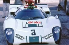 PHOTO  SID TAYLOR BOUGHT THE SECOND LOLA T70 MK3B MADE SL76/138 THRUXTON 10.8.69