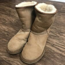 Ugg Short Classic Chestnut Boots 8 W Uggs 5825