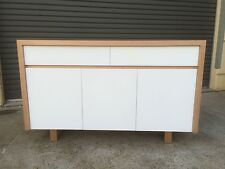 Local make tassie oak & high gloss Polyurethane buffet side board TH 023B