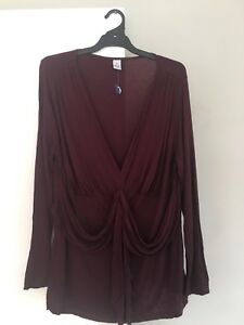 Ladies Plus Size 20 Target Brand Burgandy Gathered Front Top