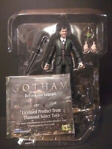 "Gotham TV PENGUIN Oswald Cobblepot DIAMOND SELECT 6"" figure NEW Batman"
