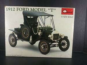 MiniCraft  1/16 scale 1912 Ford Model T Plastic Model Car Kit. Hard to Find Kit