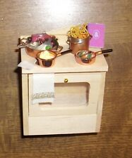 dekorierter Küchenherd,  Puppenstube 1:12 Miniatur, Geschenkverpackung