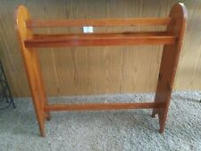 Vintage Homemade Knotted Pine Quilt Stand