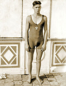 """1920 - 1925 Johnny Weissmuller Old Sport Swimmer Photo 8.5"""" x 11"""" Reprint"""