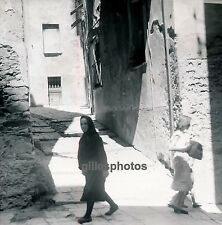 BASTIA c. 1950 - Dans la Rue Corse - C 15