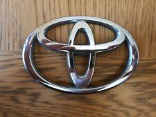 Genuine Toyota Avensis Emblem For Boot Door 11//08-11//11-754310D050