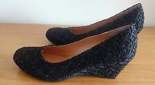 NEW MATERIAL Black Wedge Heeled Pump Shoes - Size 24.5 (Taiwan Size)