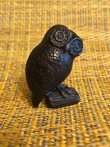 VINTAGE MID CENTURY BLACK OWL SCULPTURE:paper weight, token for Harry Potter fan