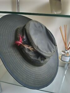 LADIES Waterproof waxed rain hat. New size S (56cm) ideal for lots of occasions.