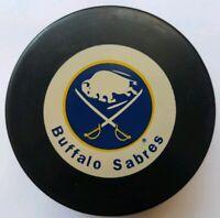 BUFFALO SABRES NHL VINTAGE INGLASCO NHL HOCKEY PUCK MADE IN CZECHOSLOVAKIA