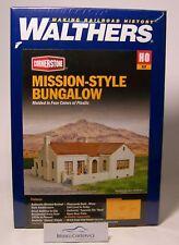 Walthers Cornerstone (1/87): 933-3785 Bungalow IM missions-stil