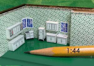 1:144 Scale - Seven Piece Classic White Kitchen