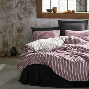 High Quality Turkish Cotton Set, 1 Duvet Cover, 1 Fitted Sheet and 2 Pillowcases