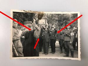 Foto, Polnische Heckenschützen werden von der Wehrmacht verhaftet, Polen
