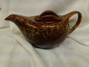 TEAPOT..Alladin lamp style..Studio pottery. 4 cup.
