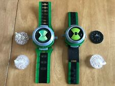 BEN 10 OMNITRIX WATCH PLUS PROJECTOR WATCH WITH DISK AND 3 CRYSTAL FIGURES