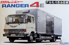 Hino Ranger 4E Aluminum Panel Truck in 1:32 Model Kit Bausatz Fujimi 011875