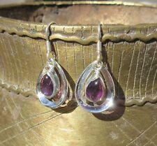 Ω Ohrring Tropfen aus Amethyst Stein des Monats Februar Sterling Silber 925