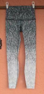 Women's Lululemon Leggings, Size 4 Black White Teal