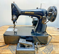 Singer Spartan Model 192K Sewing Machine Working Motor Pedal And Light