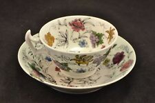 Fine English porcelain hand painted cup and saucer with London handle Nd3573