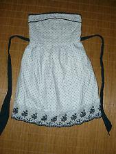 Gepunktete ärmellose Damenkleider im Empire-Stil