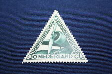 Triangolo marchio Paesi Bassi di 1933: Mer 267 30 CT. aereo