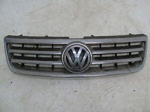 VOLKSWAGEN TOUAREG 3.0TDI V6 2002-2006 FRONT CENTER GRILL 7L6853651A