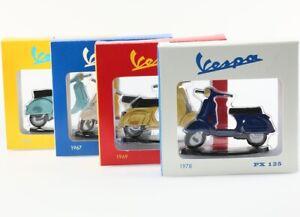 Lot de 4 Scooters Vespa en 2D Métal 7x4.5cm - Moto Miniature Décoration