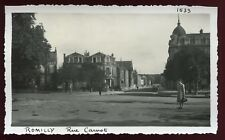 Romilly sur Seine ( Aube ) rue Carnot . photo ancienne . Septembre 1946