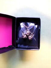 AVON 'SAQ' Gold Acorn Pendant Necklace Earring Set BNWB