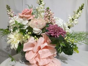 Summer And Spring Mixed Pink And White Floral Arrangement