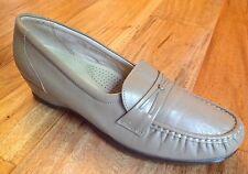 SAS Easier 9 Narrow Mocha Leather Low Wedge Heel Comfort Shoes USA!