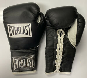EVERLAST 10 oz BLACK laced pro fight boxing gloves used 9/10 Condition RARE🥊👀