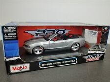 2010 FORD MUSTANG GT CONVERTIBLE SILVER 1/18 DIE CAST BY MAISTO PRO RODZ 31337